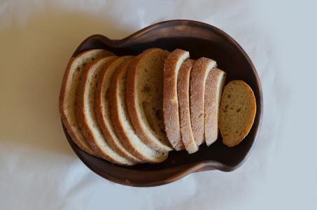 """Хлібниця """"Canada"""" з хлібом вигляд зверху"""